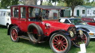 Rudi & Joan Kamper 1912 Mercedes